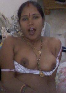 desi aunty xxx nude