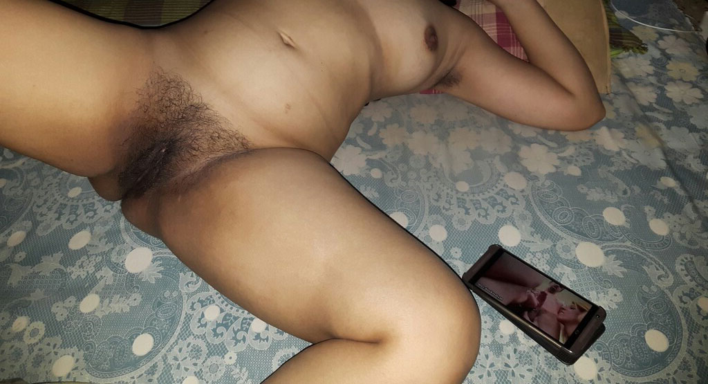 Accidental exposed images desi pussy