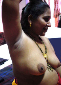 desi indian naked tits photo