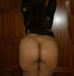 indian babe booty nude picture