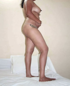 indian babe booty sexy image