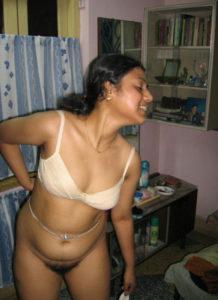 indian desi aunty hot naked