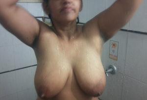 indian desi aunty naked image