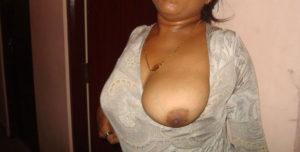 indian desi boobs pic