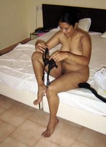 indian naked bhabhi naughty