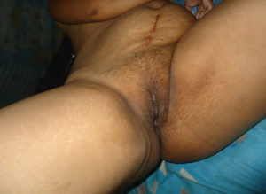 indian pussy wet hot pic