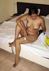 nude hot horny bhabhi
