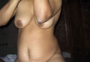 nude indian desi boobs photo