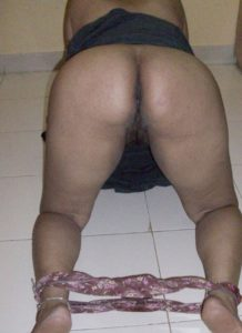 aunty naked big booty