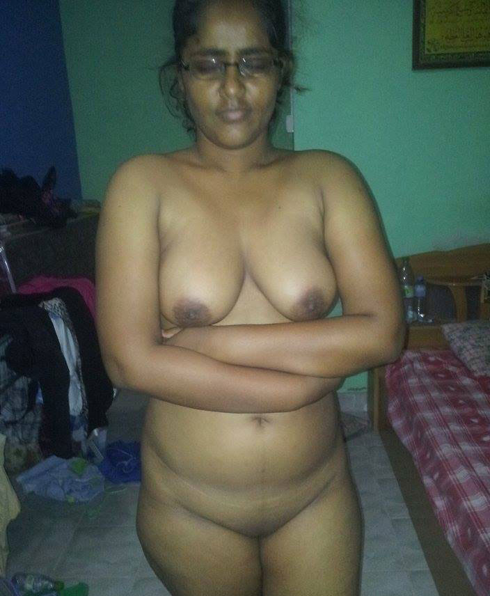 indian aunties hot