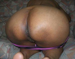 bhabhi desi nude booty pic