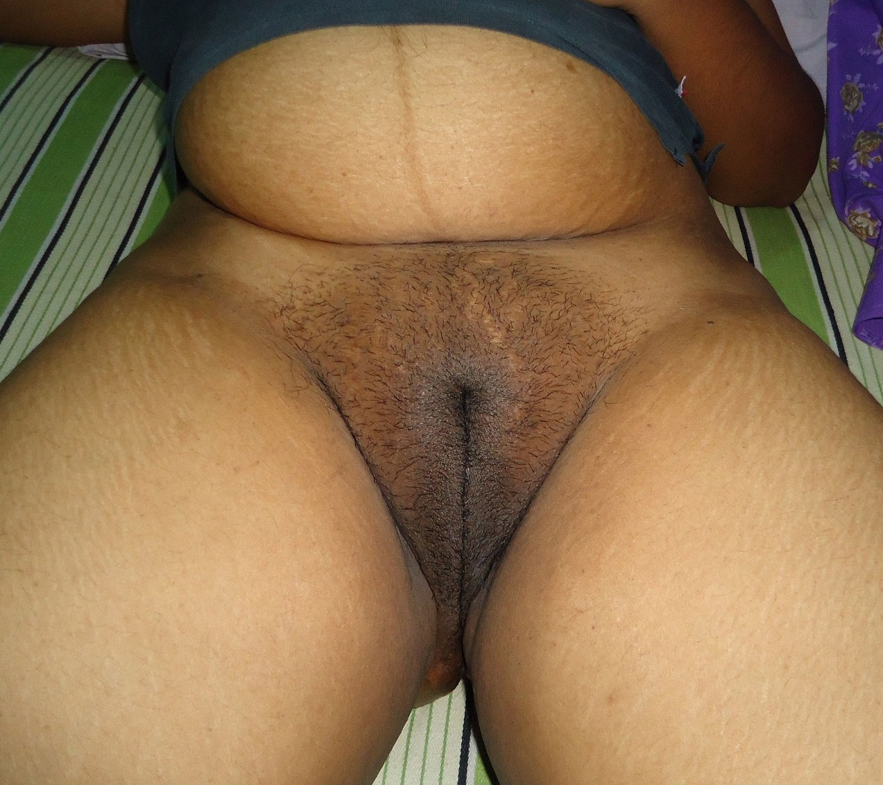 Fat desi lady pussy photo