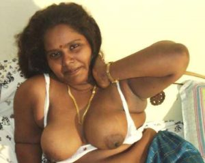 bhabhi indian boobs horny xx