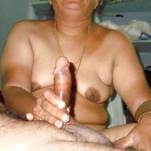 bhabhi naked holding cock