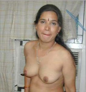 bhabhi naked naughty hot xx
