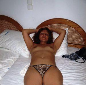 bhabhi naked xx hot image