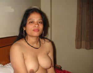bhabhi nude xxx horny pic