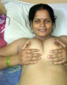 big boobs desi indian bhabhi