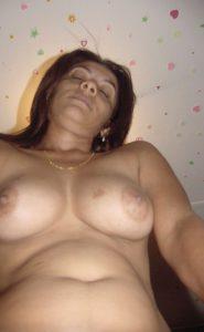 busty bhabhi naked hot