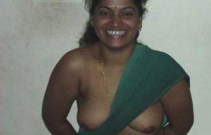 desi bhabi black nipple