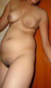 desi hot bhabhi boobs pic