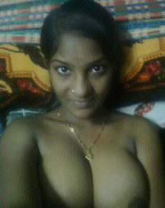 desi indian naked boobs