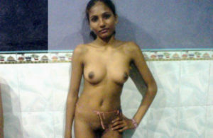 desi indian nude pose xx
