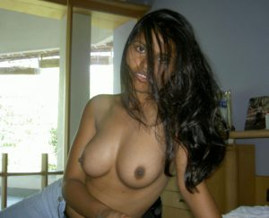 desi naked boobs xxx photo