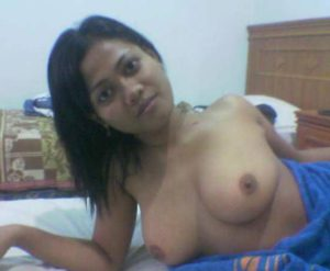 horny babe nasty boobs pic