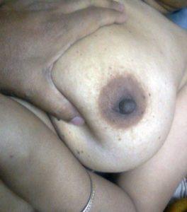 horny bhabhi touching boobs