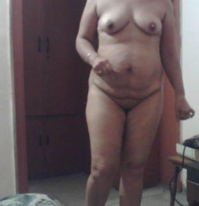 hot bhabhi sexy figure nude