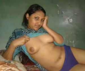hot desi naked pose