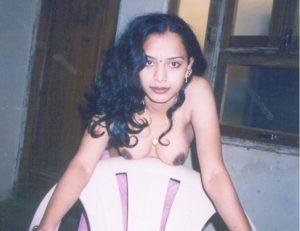 hot naked desi girl boobs
