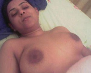 indian aunty naked boobs xx