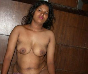 indian desi bhabhi boobs show