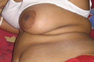 local aunty boob photo