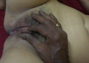 men touching bhabhi pussy