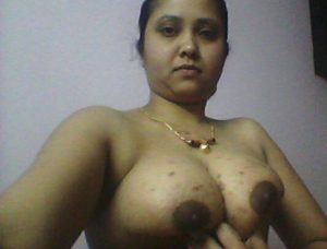 milky boobs aunty xxx