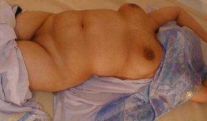 milky naked aunty boobs desi
