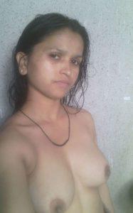 naked desi girl pic