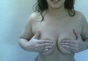 naughty aunty boobs show