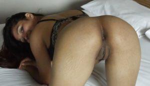 naughty babe desi ass