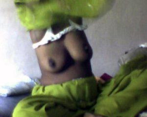 nude boobs desi indian aunty