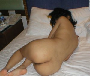 sexy ass naked hot babe