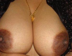 sexy big boobs aunty indian