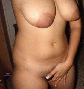 sexy big boobs naked pic