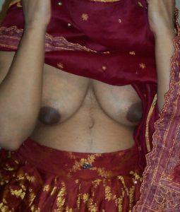 shy aunty titts pic