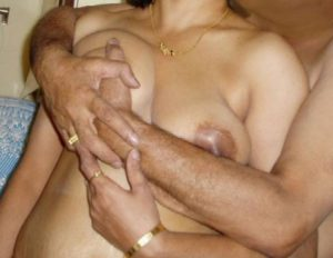 hot boobs press bhabhi xx