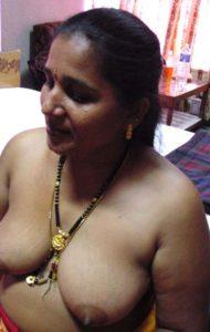 bhabhi desi nipples horny