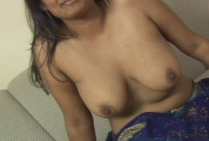 bhabhi nude boobs horny